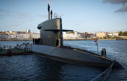 Submarino holandés Zeeleeuw