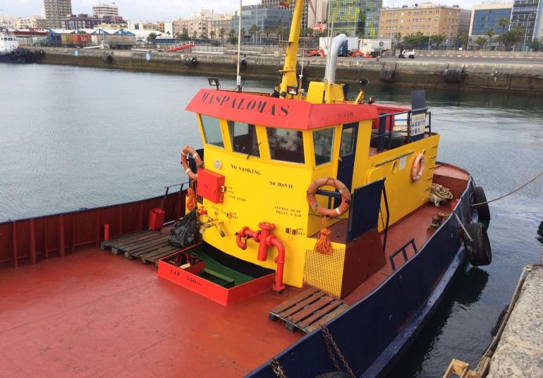 servicio de lanchas y barcazas